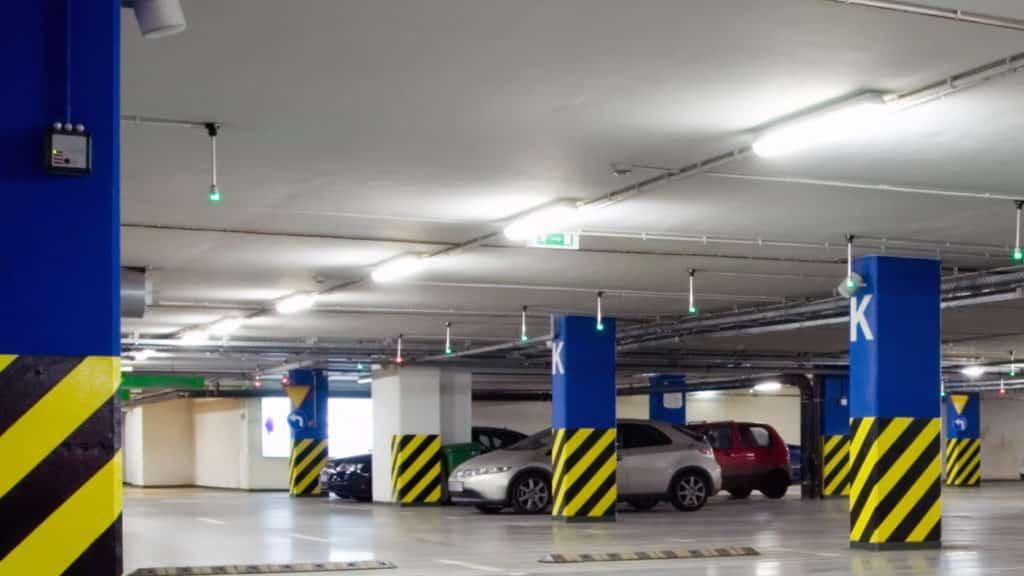 parking 4000k